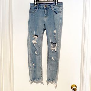 CELLO JEANS (3) Distessed Crops Stretchy  EUC!!!